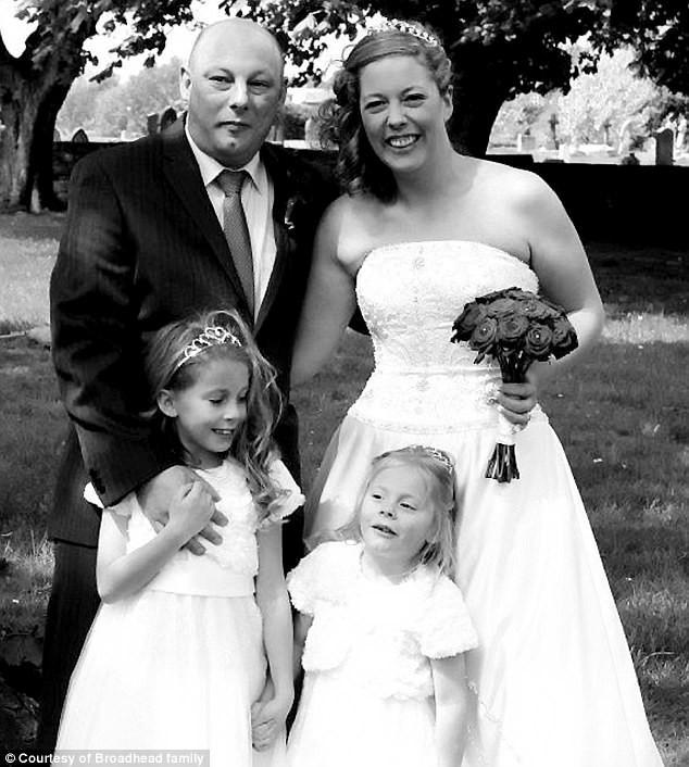 Cả gia đình Broadhead vốn dĩ rất hạnh phúc nhưng giờ đây chỉ còn hai người. (Ảnh: Internet)