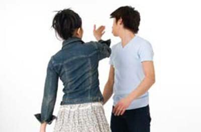 Nhiều ông chồng không dám ly hôn vì sợ ảnh hưởng tới danh tiếng gia đình. Ảnh: womensday.