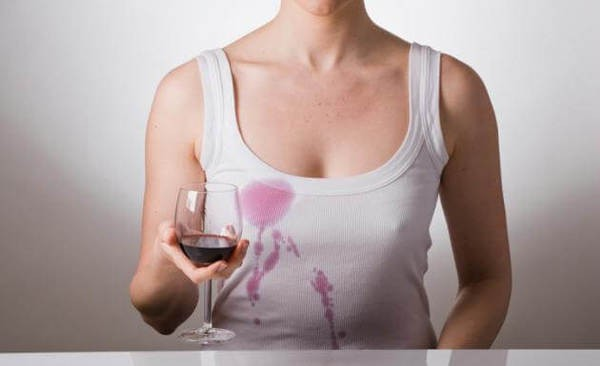 Bia có thể giúp loại bỏ vết bẩn cứng đầu trên quần áo