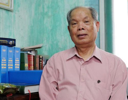 PGS.TS Bùi Hiền - tác giả nghiên cứu cải tiến chữ tiếng Việt. Ảnh: Quỳnh Trang.