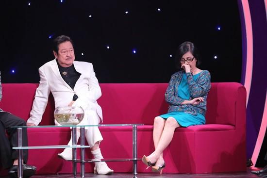 Nghệ sĩ Chánh Tín chia sẻ về lần đầu tiên trong đời bị vợ bắt ghen.