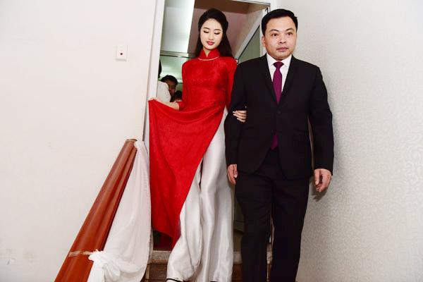 Hoa hậu Thu Ngân và ông xã yêu nhau được nửa năm trước khi quyết định kết hôn.