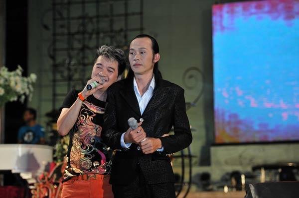 Cho đến giờ, Đàm Vĩnh Hưng và Hoài Linh vẫn là đôi bạn thân trong showbiz.