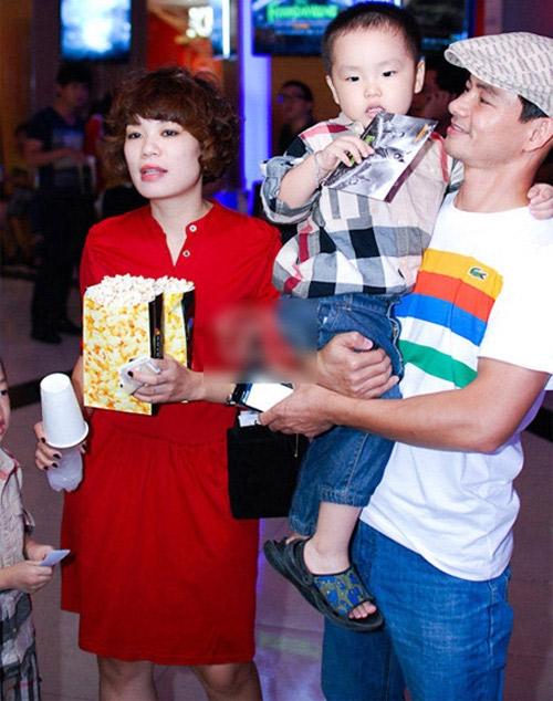 Gia đình hạnh phúc nhà Xuân Bắc - Hồng Nhung.