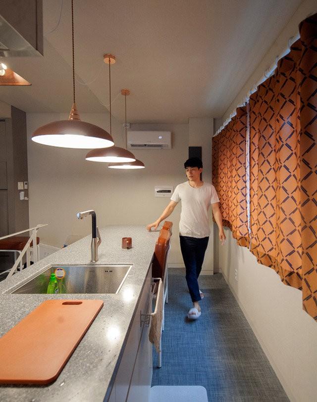 Gian bếp dài hình chữ I.