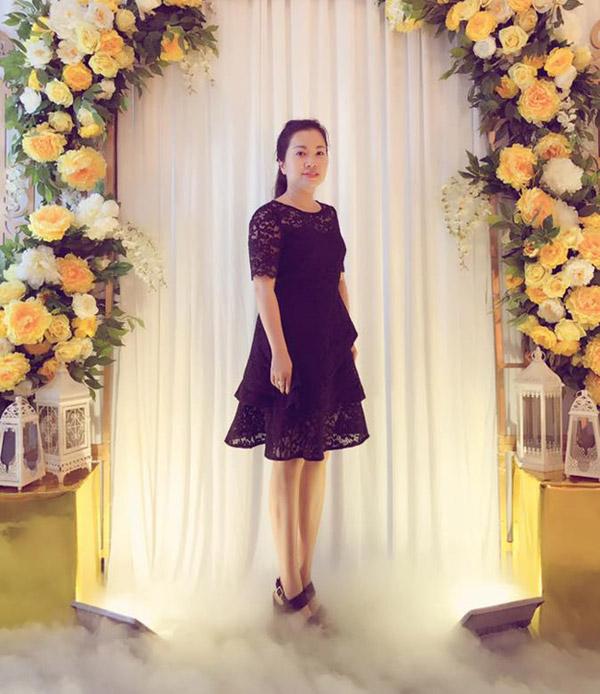 Mẹ của Huyền My hơn con gái lớn khoảng 20 tuổi.