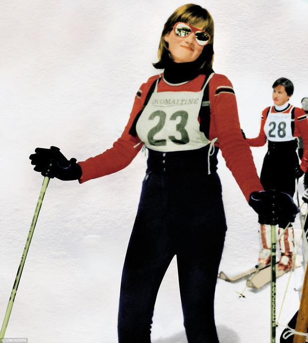 Công nương Diana đi trượt tuyết.