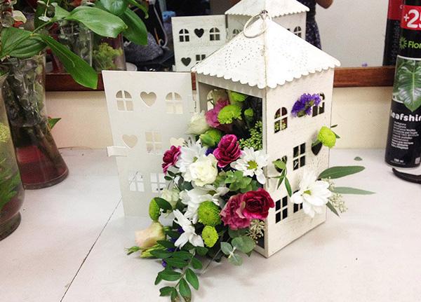 Chúc bạn thành công với 3 cách cắm hoa đơn giản mà đẹp này!