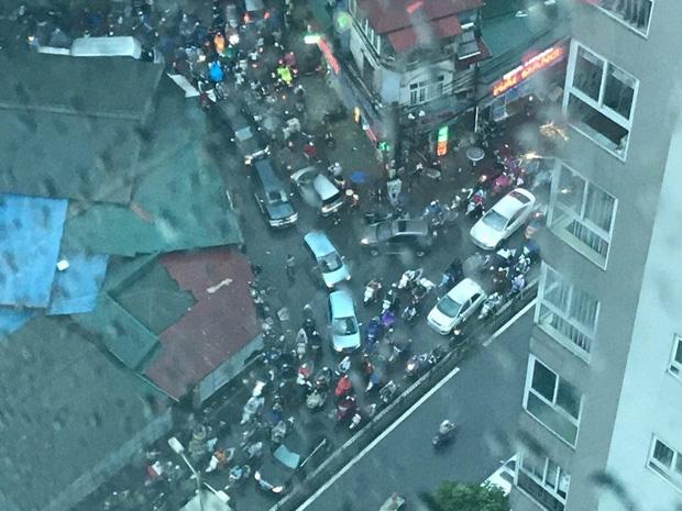Giao thông tại đường Vũ Trọng Phụng nhìn từ trên cao.