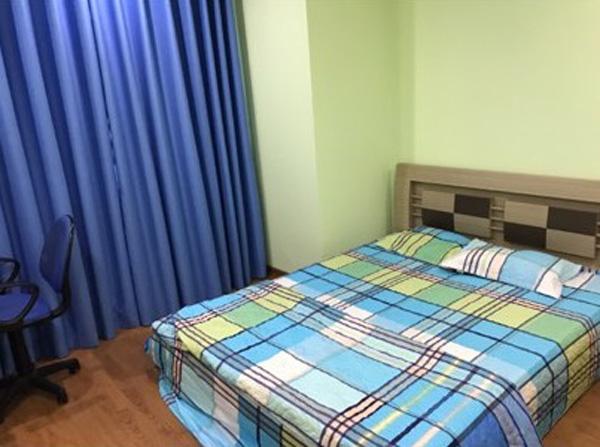 Một phòng ngủ khác mà anh Thọ có dự định sắm sửa thêm để biến thành căn phòng chỉ toàn màu xanh da trời độc đáo.