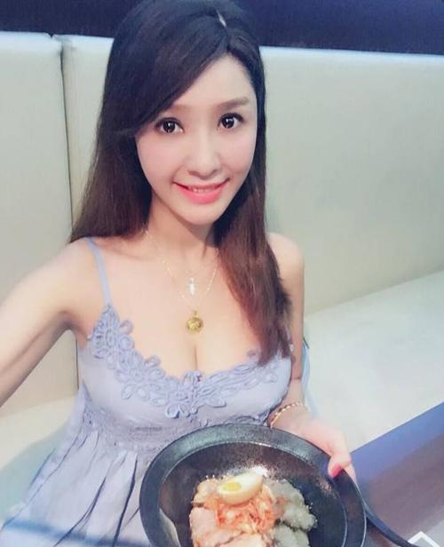 Helen Thanh Đào khoe hình ảnh mới trên trang cá nhân.