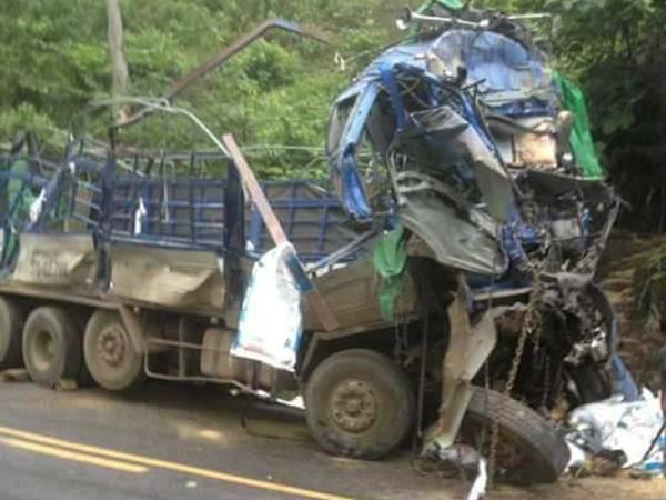 Vụ tai nạn khiến 2 người bị tử vong (Ảnh: Hội xe tải Tây Bắc)