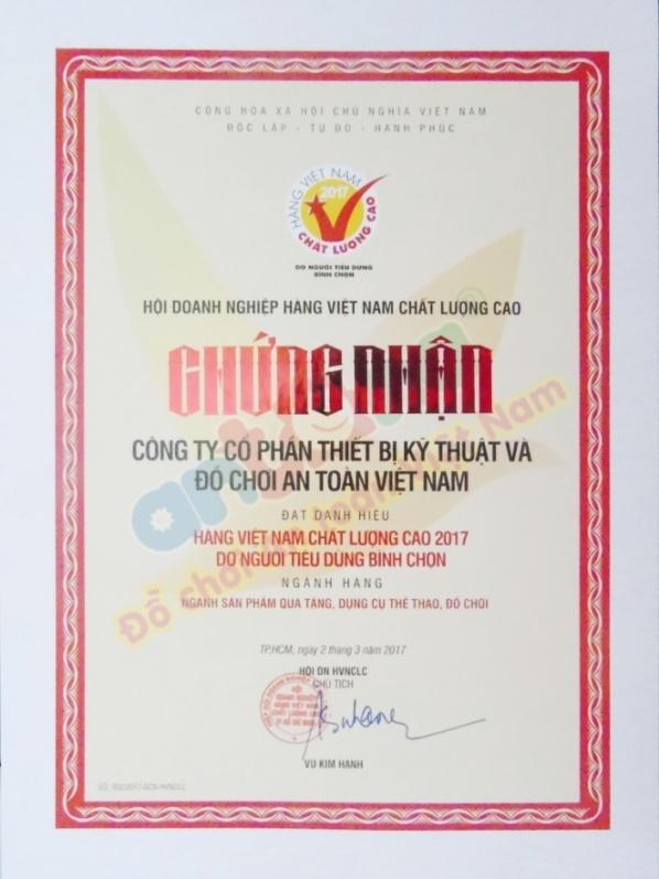 Giấy chứng nhận danh hiệu Hàng Việt Nam Chất Lượng Cao do NTD bình chọn năm 2017