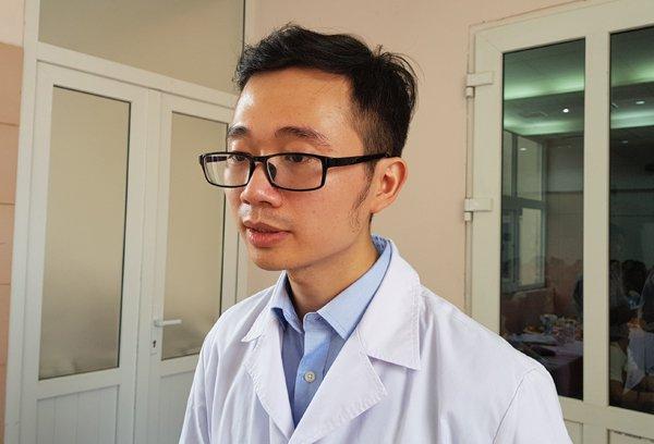 BS Vương Vũ Việt Hà cho biết, các quý ông xuất trận không có tinh trùng hoặc tinh trùng bất động vẫn có cơ hội làm cha nhờ kỹ thuật mới