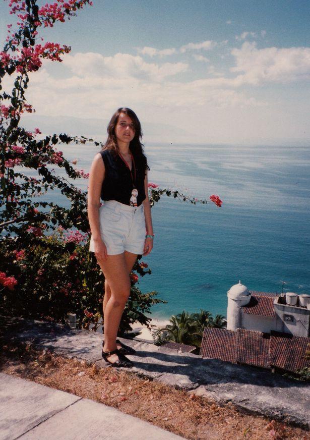 Lúc 16 tuổi, Valeria nặng 64kg và thường bị bạn bè trêu chọc là béo.