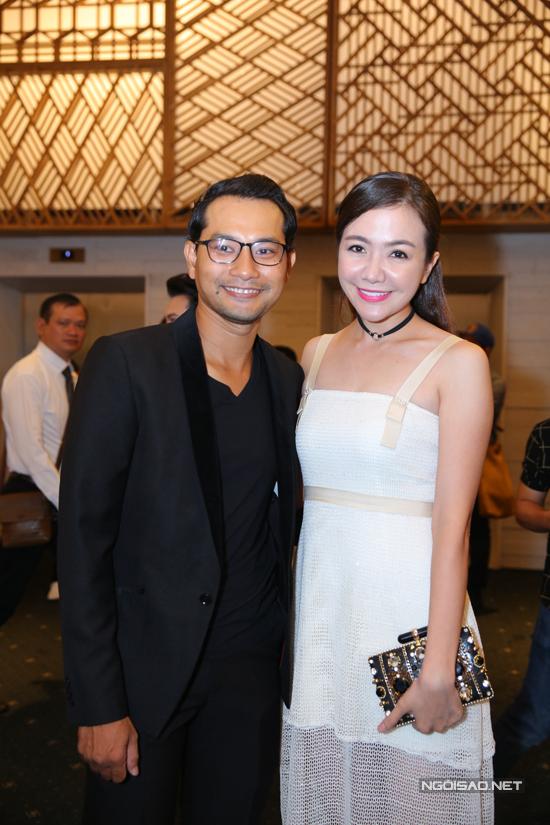 Vợ chồng Huỳnh Đông - Ái Châu sóng đôi đến chúc mừng đồng nghiệp.