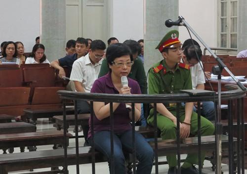 Bà Châu Thị Thu Nga tại phiên tòa sơ thẩm.