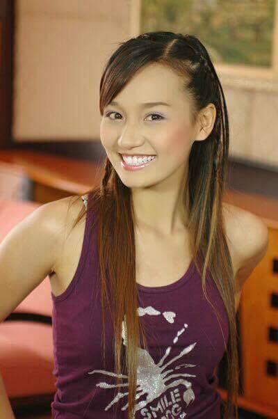 """Lã Thanh Huyền sinh năm 1985 trong một gia đình có bố mẹ đều là những người thành đạt ở Hà Nội. Năm 2006, Lã Thanh Huyền đoạt danh hiệu """"Người đẹp Phụ nữ thế kỷ 21"""" mùa đầu tiên. Danh hiệu này vừa là """"bước đệm"""", vừa là """"lực đẩy"""" giúp cô được mời đóng nhiều vai diễn chính trong các bộ phim truyền hình: Thiên thần bé nhỏ"""", """"Mùa tôm hùm"""", """"Hoa xuyến chi"""", """"Cô dâu Việt"""", """"Đi về phía mặt trời"""", """"Linh lan trắng"""", """"Tết không chỉ có hoa đào"""", """"Những chàng rể họ Lê"""", """"Tình yêu không hẹn trước"""", """"Thái sư Trần Thủ Độ""""..."""
