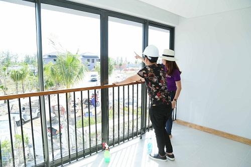 Đây chính là căn nhà gần biển mà Trường Giang ao ước từ lâu với quanh cảnh rất đẹp và hữu tình.