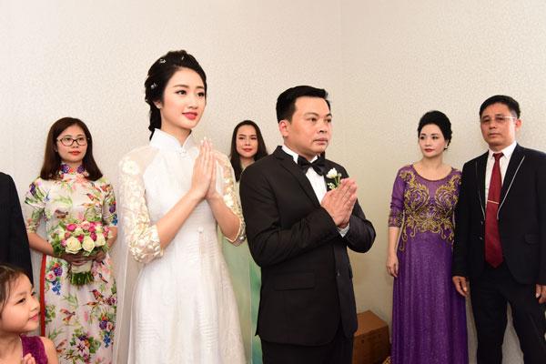 Sau khi kết hôn, Hoa hậu Thu Ngân vẫn tiếp tục theo đuổi việc học.