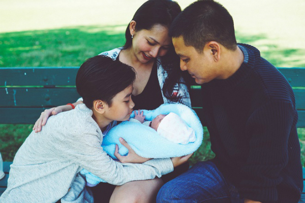 Gia đình hạnh phúc của Kim Hiền.