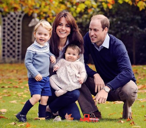 Gia đình nhỏ hạnh phúc của vị hoàng tử được công chúng quan tâm, yêu mến nhất nhì Hoàng gia Anh.