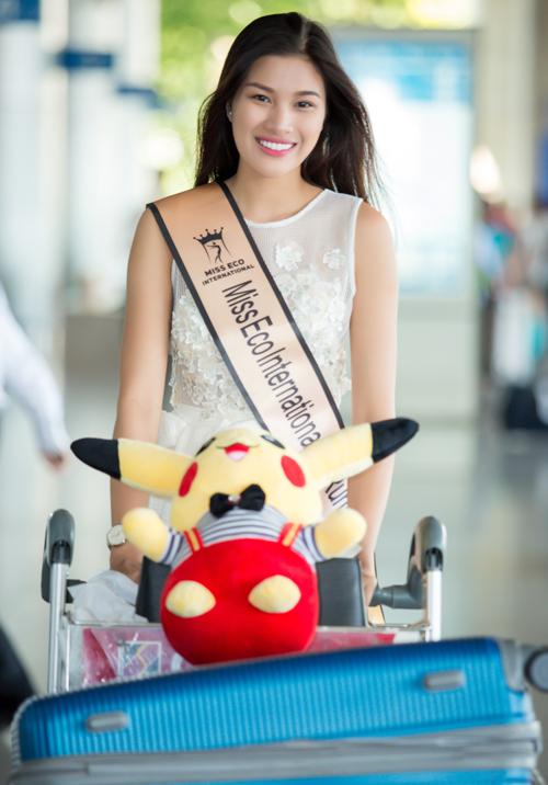 Nguyễn Thị Thành trở về khá lặng lẽ, dù đoạt thành tích cao tại Miss Eco.