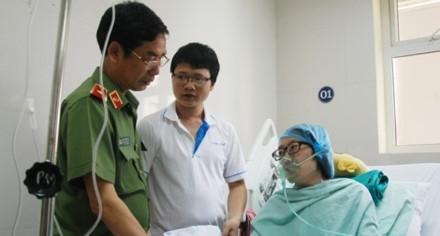 Thiếu úy Đậu Thị Huyền Trâm những ngày điều trị tại Bệnh viện K Trung ương