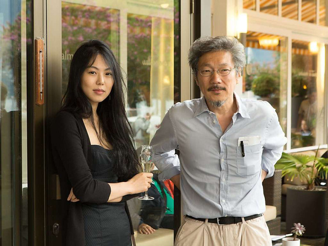 Bất chấp dư luận Min Hee và đạo diễn Hong vẫn về sống với nhau