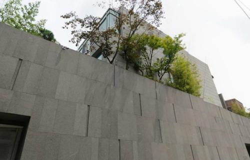 Song Joong Ki có khá nhiều bất động sản giá trị.