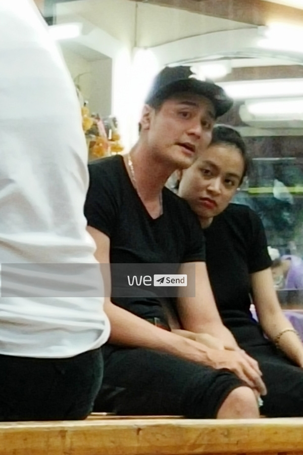 Cặp đôi từng bị bắt gặp diện đồ đôi, ôm nhau tình tứ ở Thái Lan.