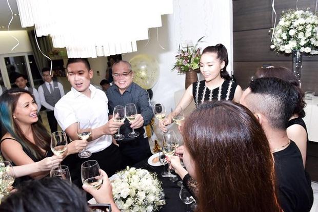 Bạn trai thiếu gia xuất hiện trong tiệc sinh nhật của Kỳ Duyên.