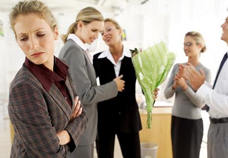 Dù với bất cứ nguyên nhân nào đi chăng nữa, việc cân nhắc thật kỹ trước khi nhảy việc đều hết sức cần thiết để không phạm phải những sai lầm trên bạn nhé. Chúc các bạn thành công !