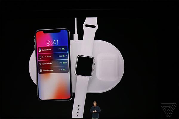 Tất cả các thiết bị di động mới của Apple đã có sạc không dây.