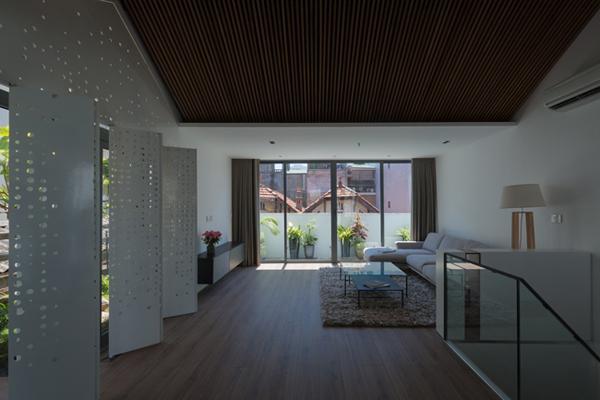 Để tiết kiệm thời gian và chi phí, kiến trúc sư không quá sa đà vào các chi tiết rườm rà mà chú trọng tới sự tối giản nhưng tiện nghi.