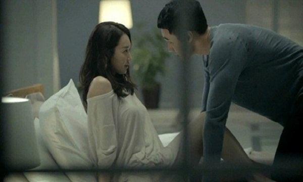 Sau khi ngủ với bạn gái, chàng trai cảm thấy khinh bỉ và quyết chia tay. (Ảnh minh họa)
