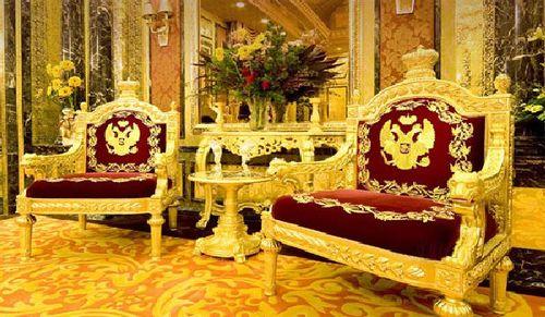 Ghế tiếp khách mạ vàng sang trọng