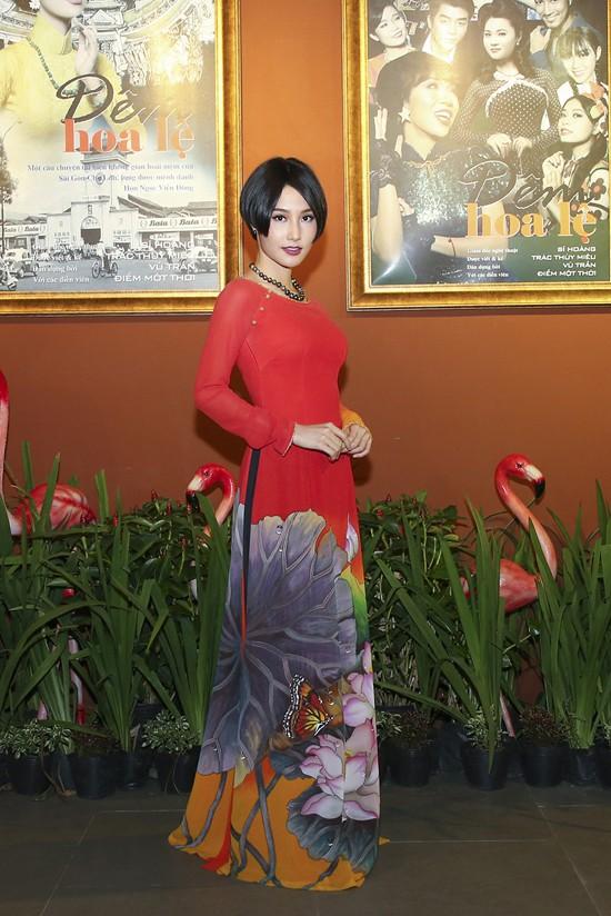 Diễm My 9X để tóc theo style nhân vật của cô trong phim Cô Ba Gài Gòn.