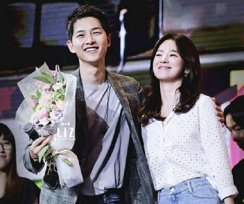 Các fan nuôi hi vọng Song Joong Ki kết hôn với Song Hye Kyo.
