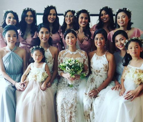 Tăng Thanh Hà góp mặt trong đám cưới của chị chồng.