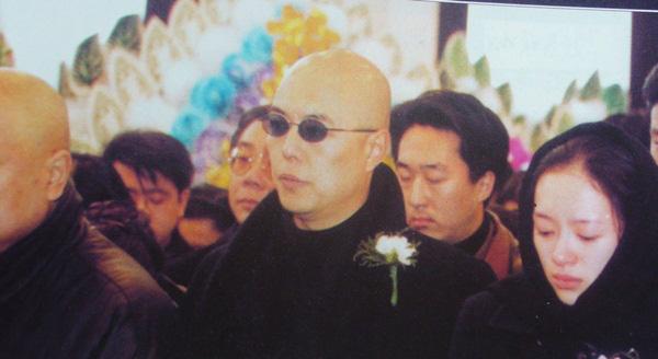 Rất nhiều đồng nghiệp khóc thương sự ra đi của Hàm Hương Lưu Đan.