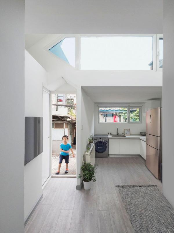 Sau khi hoàn thành, ngôi nhà không chỉ đẹp mắt mà còn rất hiện đại.