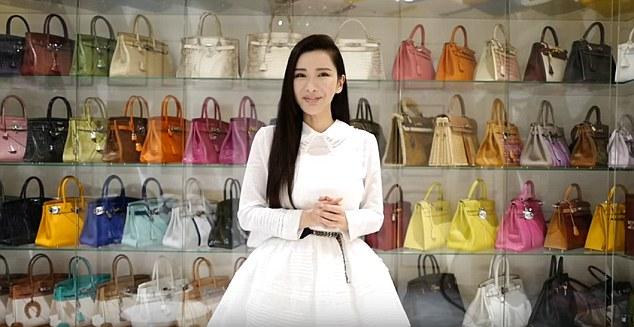 Bộ sưu tập túi của Jamie Chua được cho là hoành tráng nhất thế giới.