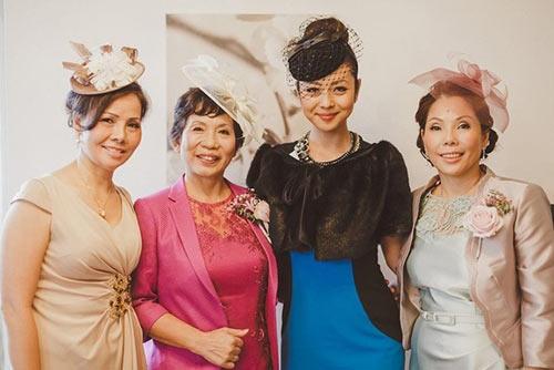 Jennifer Phạm và mẹ chồng Thanh Thanh thường xuyên đi du lịch và chụp ảnh cùng nhau.