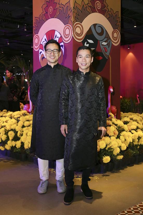 Cặp đôi NTK Adrian Anh Tuấn và Sơn Đoàn.