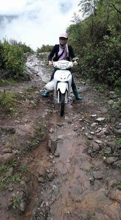 Cận cảnh tuyến đường lên vùng cao. Ảnh: Facebook N.B.T