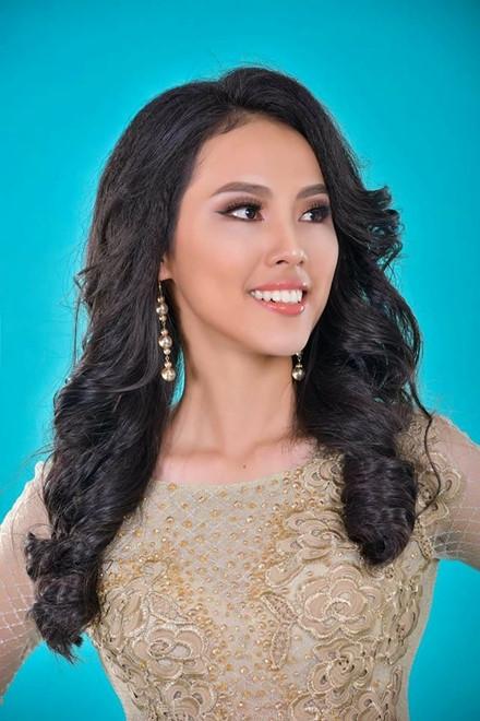 Hồng Thương chuẩn bị rất nghiêm túc và đã sẵn sàng cho Hoa hậu Hoàn vũ Việt Nam 2017. Ảnh: H.V