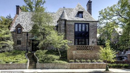 Mặt tiền căn biệt thự ông Obama dự định thuê để ở sau khi rời Nhà Trắng.