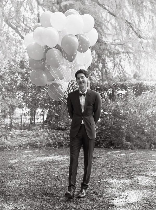 Trọn bộ ảnh cưới đẹp như mơ của Song Joong Ki và Song Hye Kyo