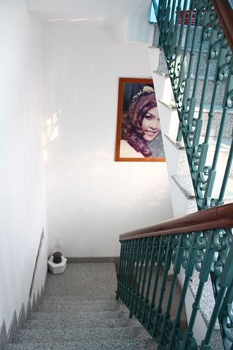 Nhà có diện tích nhỏ nhưng vẫn phải đáp ứng đầy đủ không gian sinh hoạt và nghỉ ngơi của gia đình có 6 thành viên.